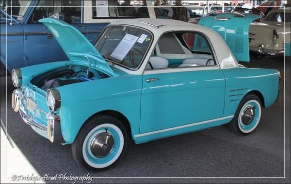 38-blue-car