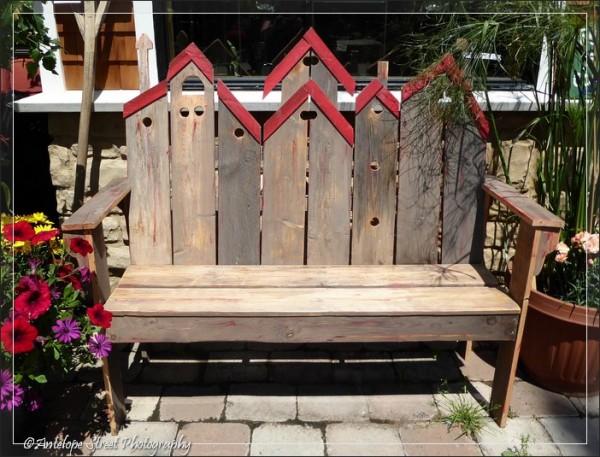 565-bird-house-bench
